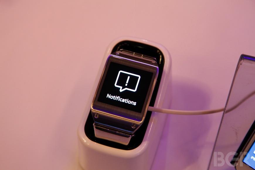 BGR-Samsung-Galaxy-Gear-1