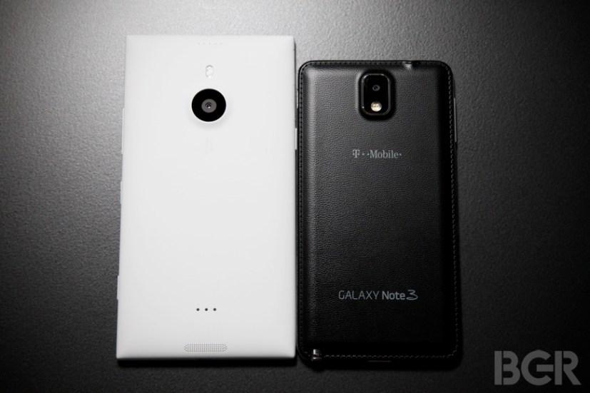 BGR-Nokia-Lumia-1520-11