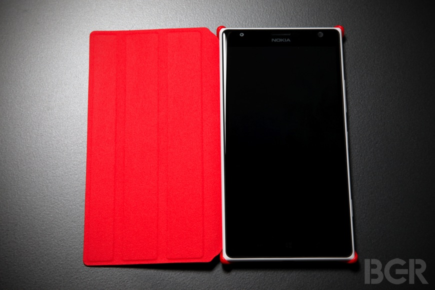 Nokia Lumia 1520 review: Nokiau2019s first phablet is full of surprises