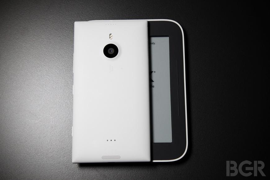 BGR-Nokia-Lumia-1520-16