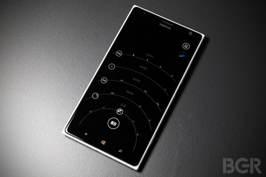 BGR-Nokia-Lumia-1520-5