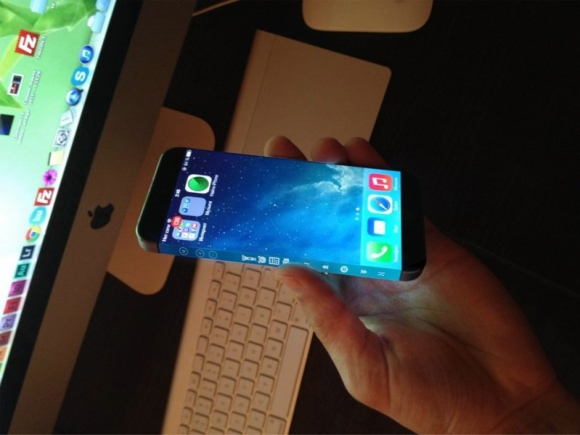 iPhone with Flexible Display Features