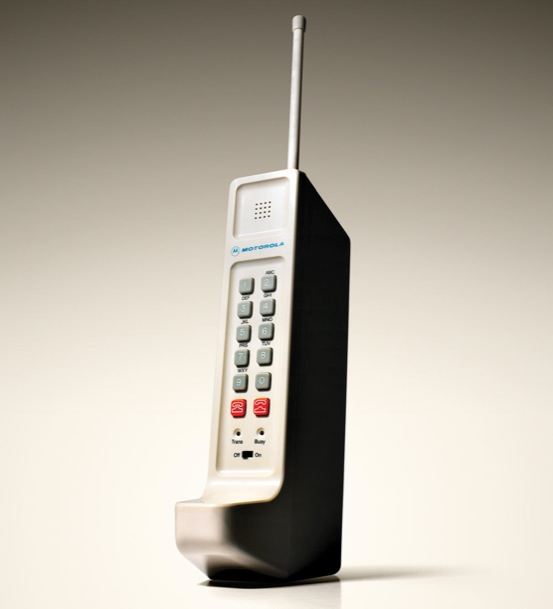 Released In 1984 The Motorola DynaTAC 8000X Was First Commercially Available Mobile Phone 1973 Martin Cooper Made Cell Call Ever