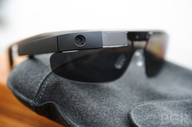 google_glass_explorer_hands_on_12-2013_4297_870px