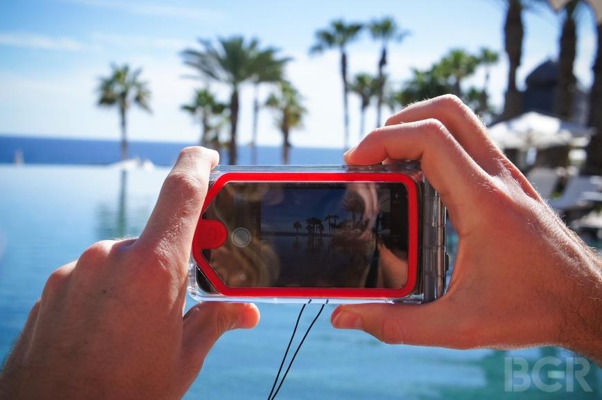 Optrix PhotoX waterproof iPhone case