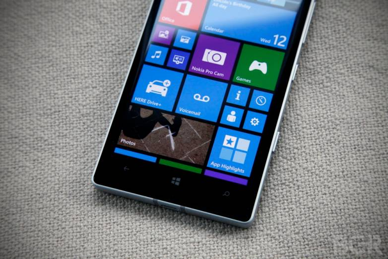 Windows 10: Flagship Lumia Smartphones