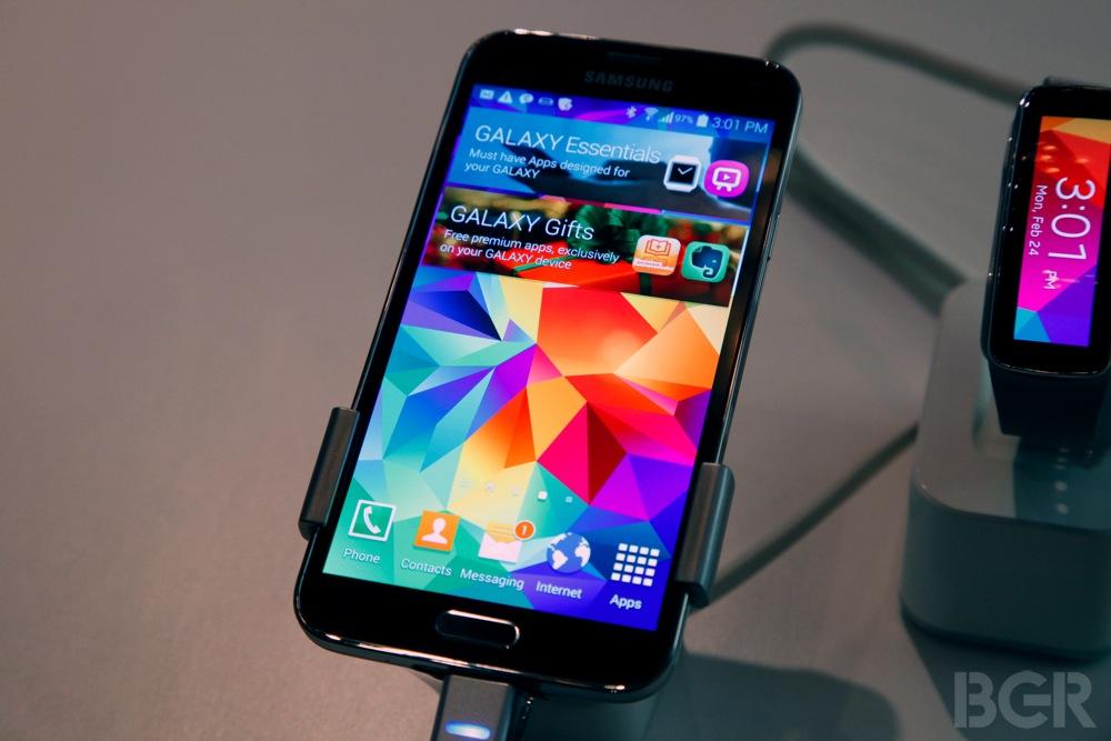 Galaxy s5 Pics Galaxy s5 Hands on Samsung