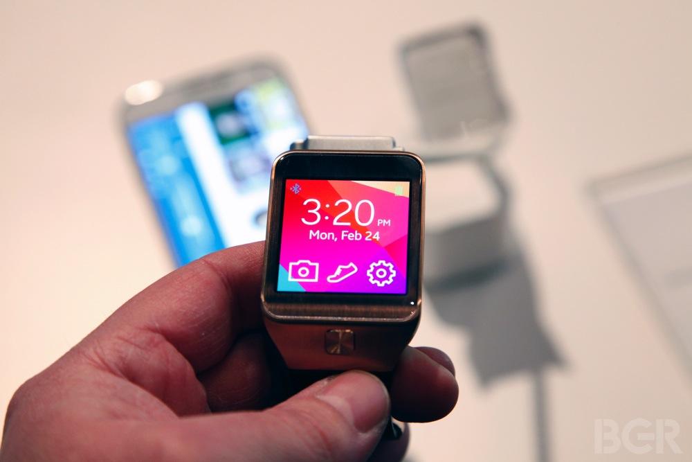 BGR-Samsung-Gear-2-3