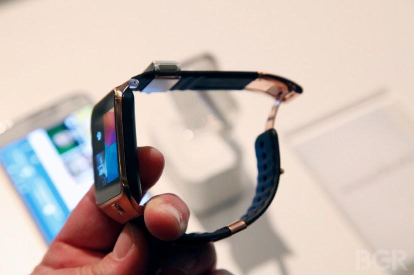 BGR-Samsung-Gear-2-6