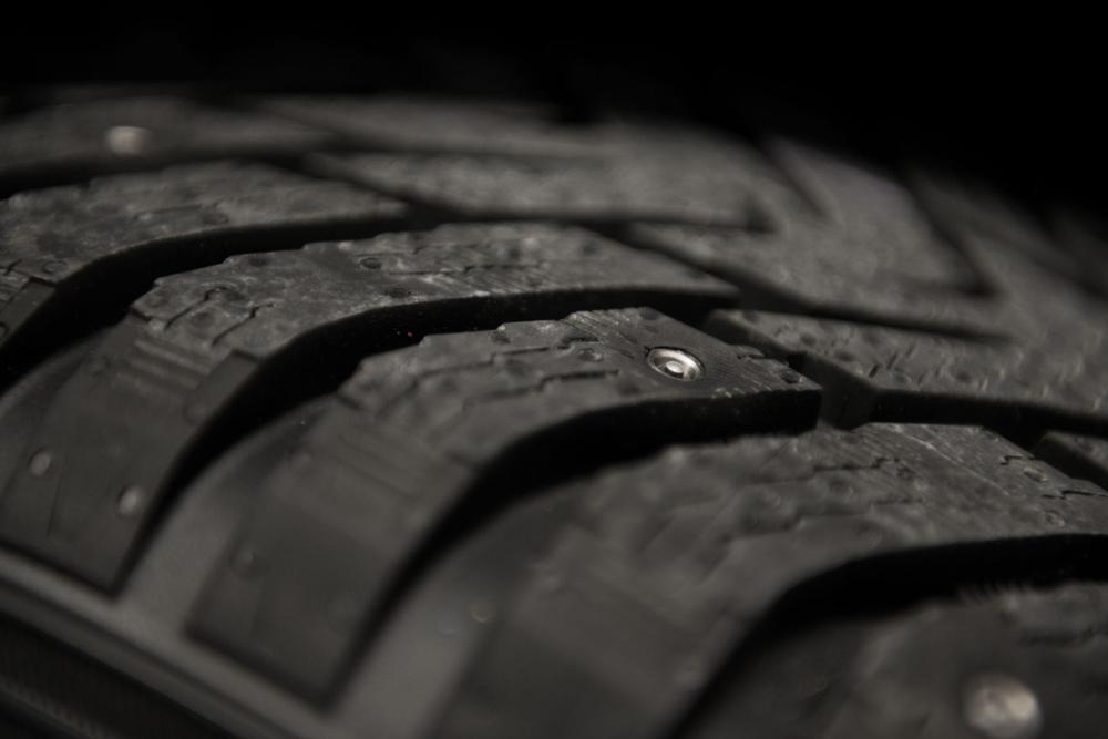 nokia-non-studded-tires-3
