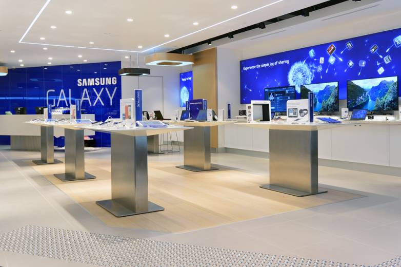 Samsung Galaxy Store Experience