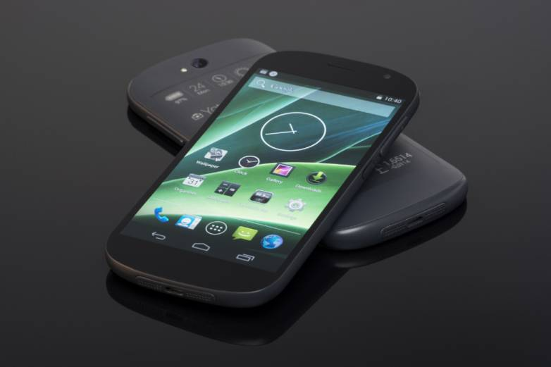 YotaPhone 2 Release Date and Prices