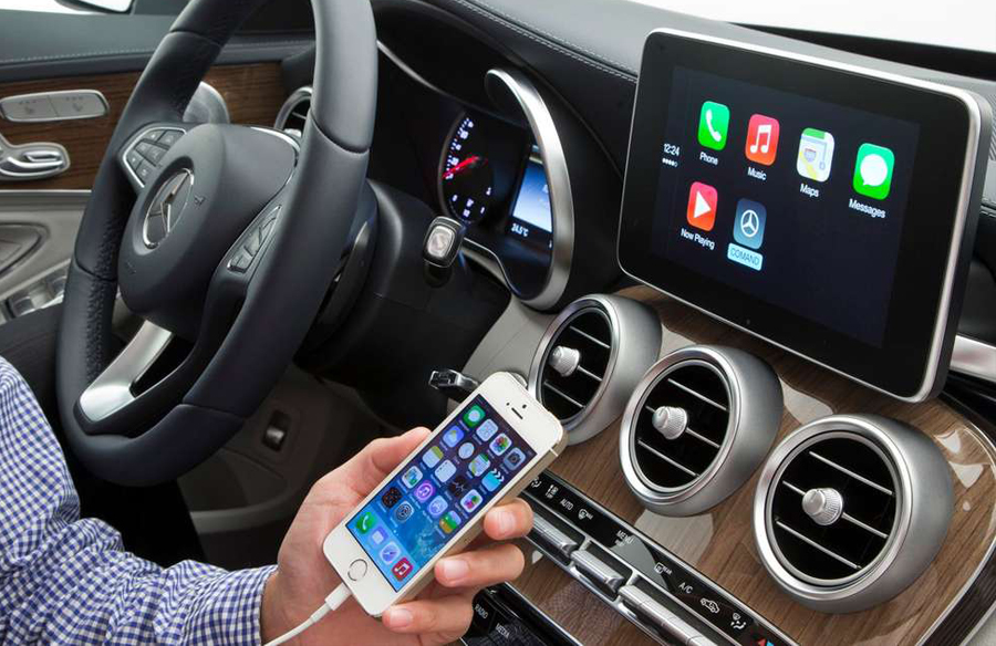 Apple CarPlay 24 Million Cars