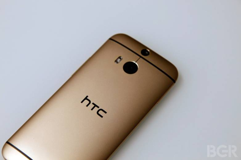 HTC One M8 Lollipop Leaked Pictures