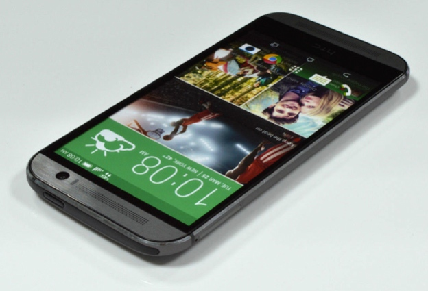 new-htc-one-dummy-4