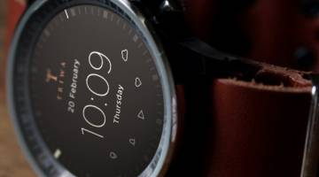 Functional Fashionable Smartwatch Concept