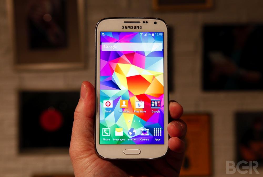BGR-Samsung-Galaxy-K-Zoom-1