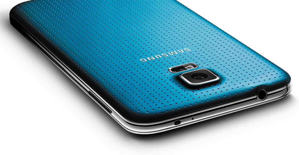 Galaxy S5 Vs iPhone 5s Vs HTC One M8