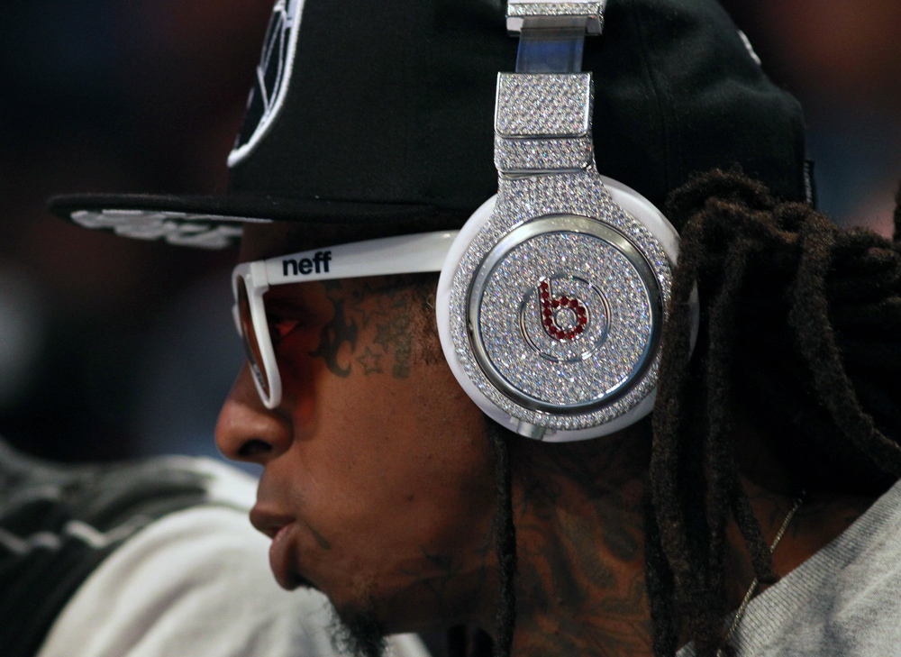 How Beats Fools You Into Thinking Its Headphones Are High-End And Luxurious