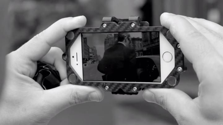 iPhone 5S Bentley Ad