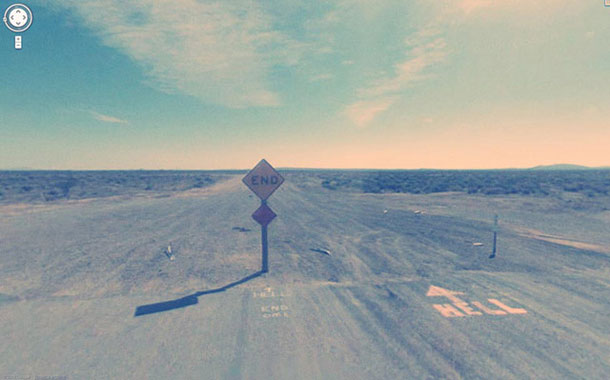 30-Compelling-Mysterious-Photos-Taken-By-Google-Street-View-14