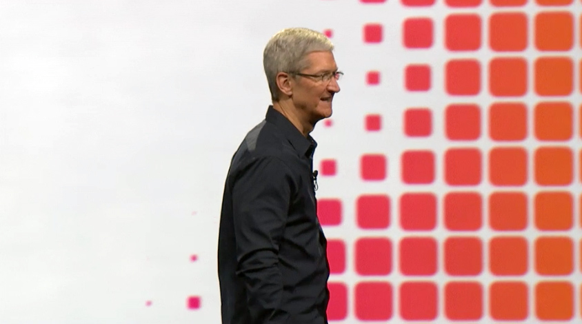 Tim Cook surprises Apple fans waiting for the iPhone 6 in ...