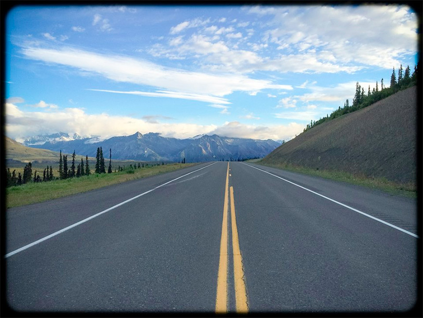 alaska-highway-lonely
