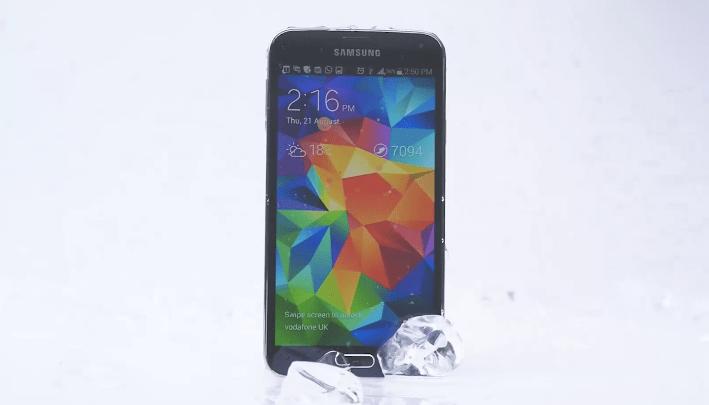 Samsung Galaxy S5 Ice Bucket Challenge