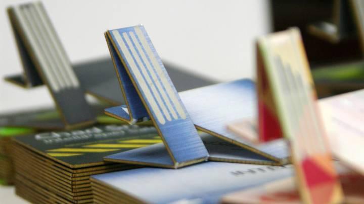 SwivelCard Business Cards