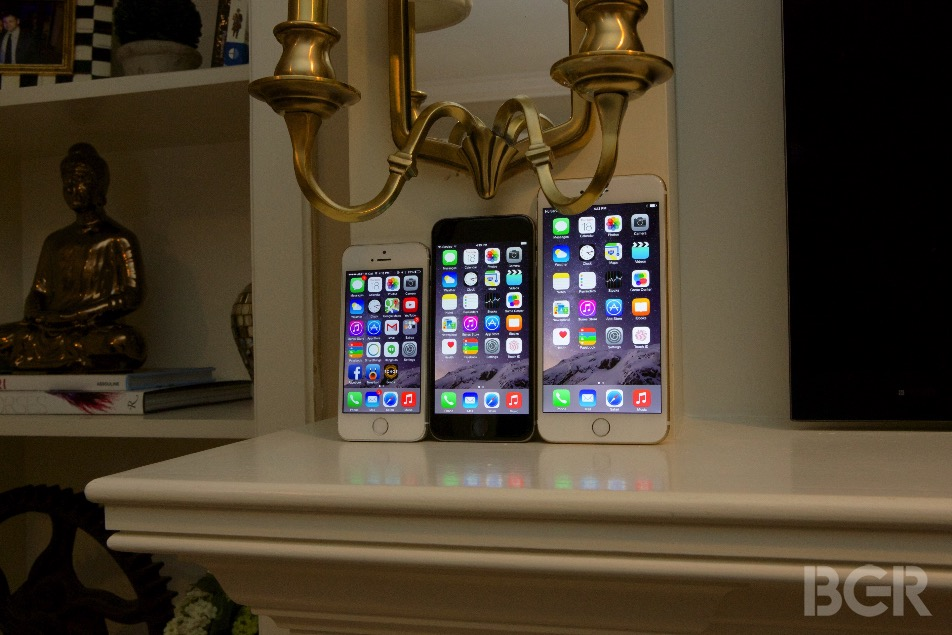 iPhone 6 and iPhone 6 Plus Apple Pay