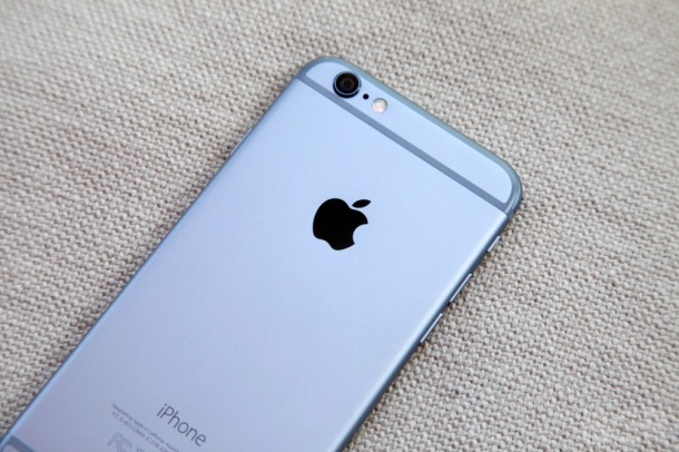%name #COLORGATE? #RUBGATE? #DYEGATE? A HUGE new iPhone 6 problem has just been uncovered by Authcom, Nova Scotia\s Internet and Computing Solutions Provider in Kentville, Annapolis Valley