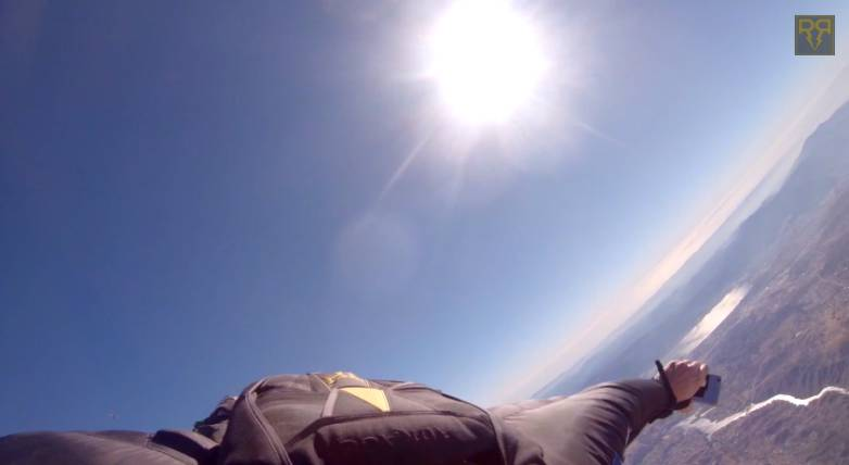 iPhone 6 Plus Video Skydiving Drop Test