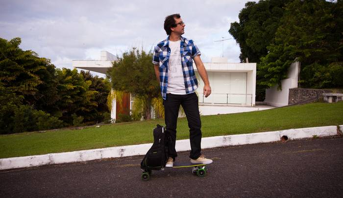 Kickstarter Movpak Electrical Skateboard Backpack