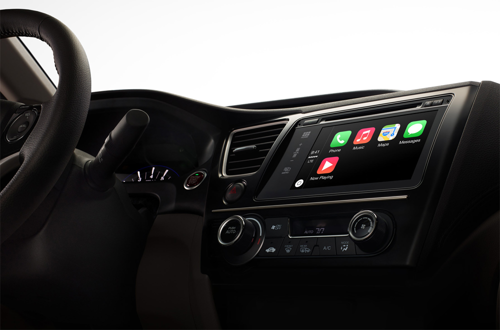 Apple CarPlay Review