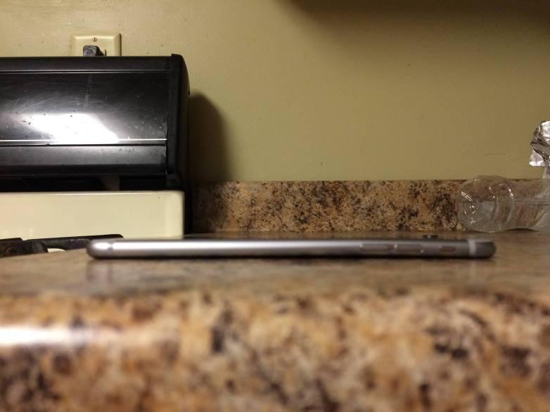 iPhone 6 Plus Bendgate Pictures