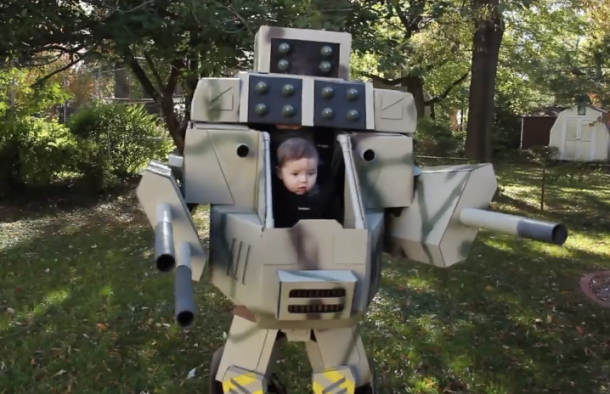 name 2014s best halloween costume a huge mechwarrior suit one dad built for his
