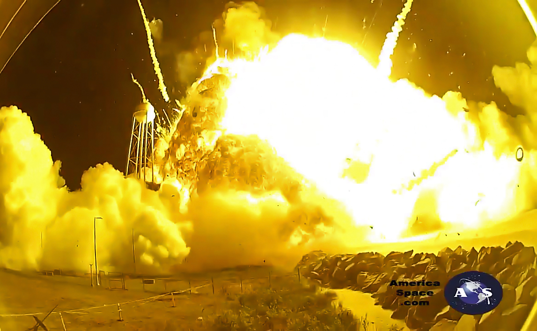 Antares Rocket Explosion Video