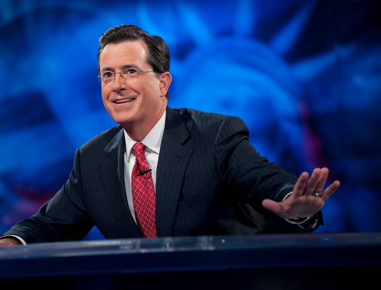 Colbert Smaug Hobbit Interview Video