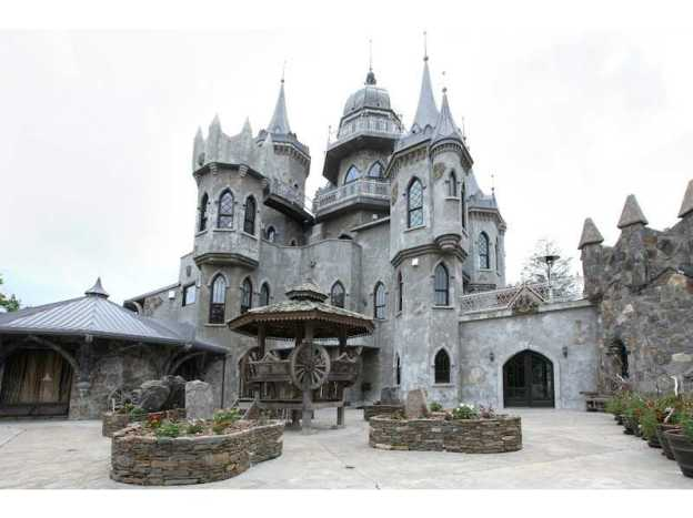 Biggest mansions in america the 25 biggest homes on the Castle home