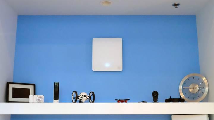 Energous WattUp Wireless Charging Technology