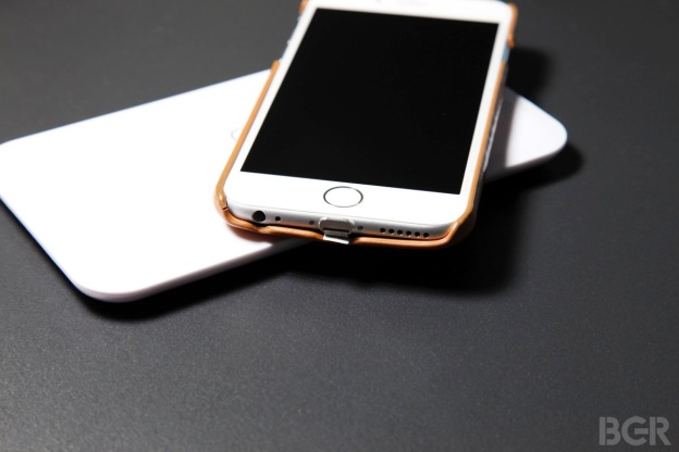 iphone 6 wireless charging guide how to add wireless. Black Bedroom Furniture Sets. Home Design Ideas