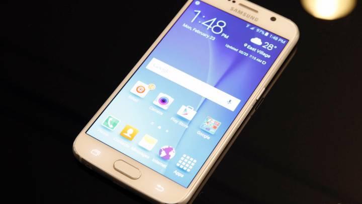 Galaxy S6 Vs. Galaxy S5 Vs. Galaxy S4 GIF