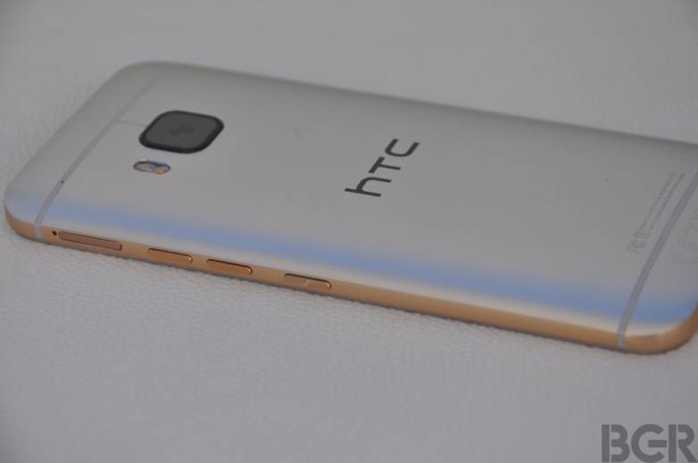 HTC One M9 vs. Galaxy S6 Launch