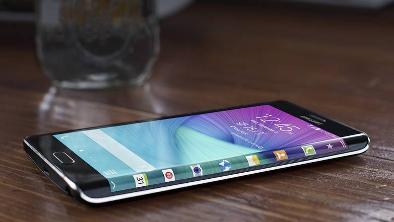 Galaxy S6 vs. Galaxy S6 Edge: Picture Leak