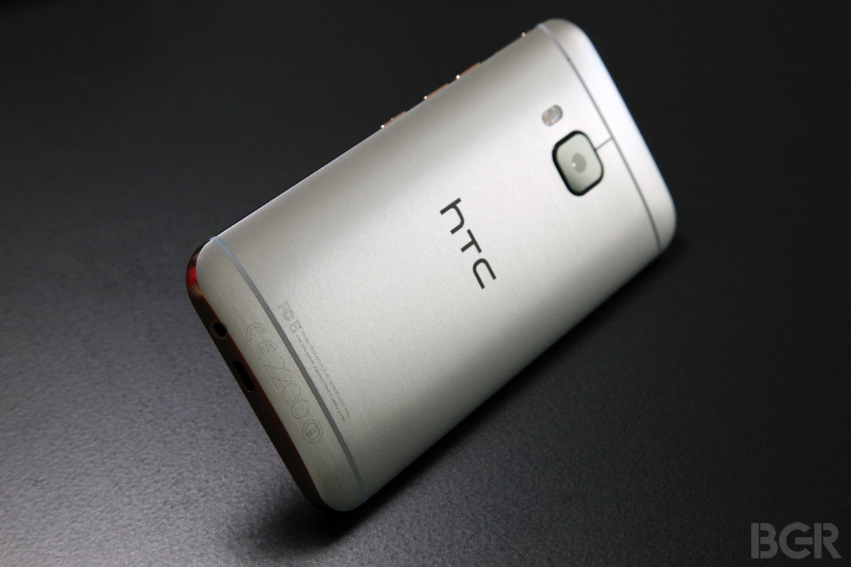 HTC Lead Designer Leaves