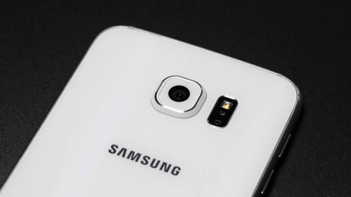 Samsung Galaxy S7 Leaked Photos