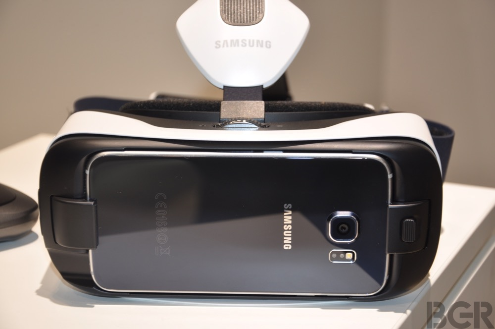 Galaxy S6 and S6 Edge Gear VR
