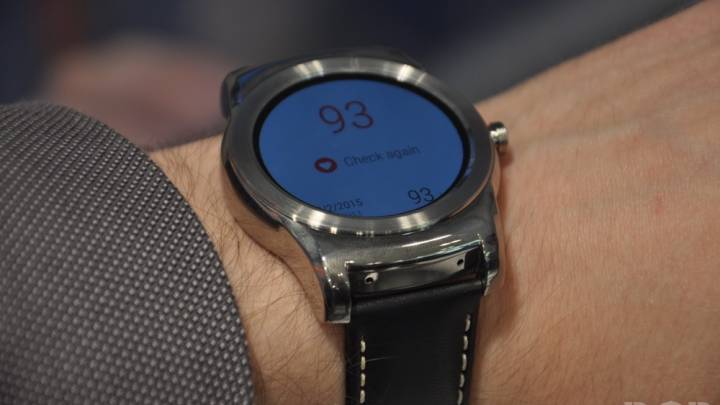 Apple Watch Vs. Android Wear Features
