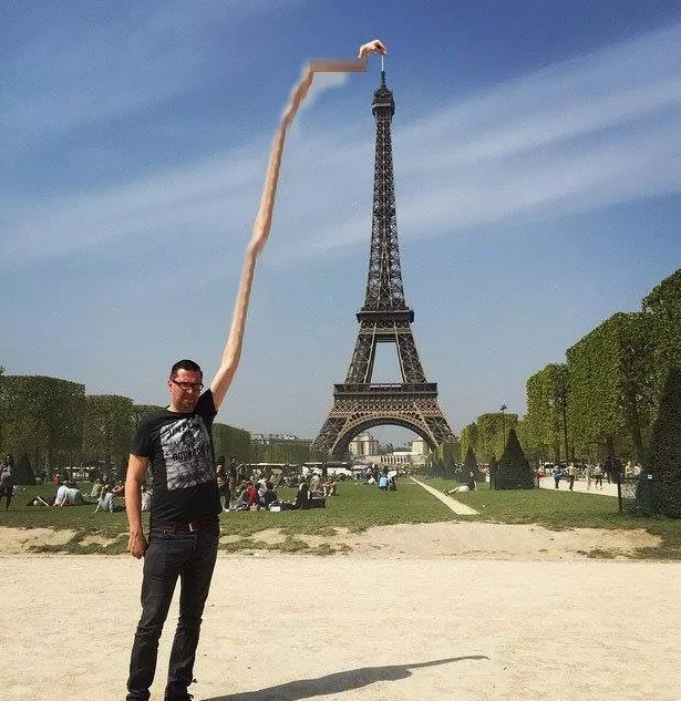 eifel tower finger (2)