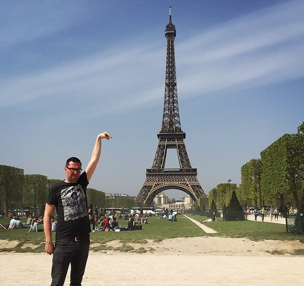 Eiffel Tower Photoshop